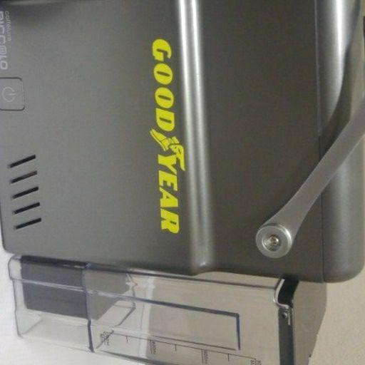 Caffeluxe Piccolo capsule coffee machine