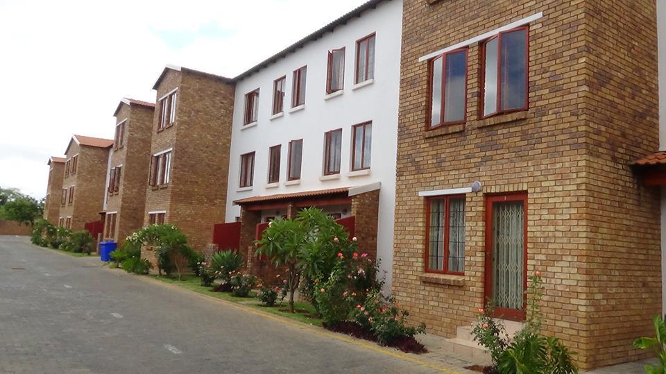 1 Bedroom Ground floor Apartment in Montana  - R520 000