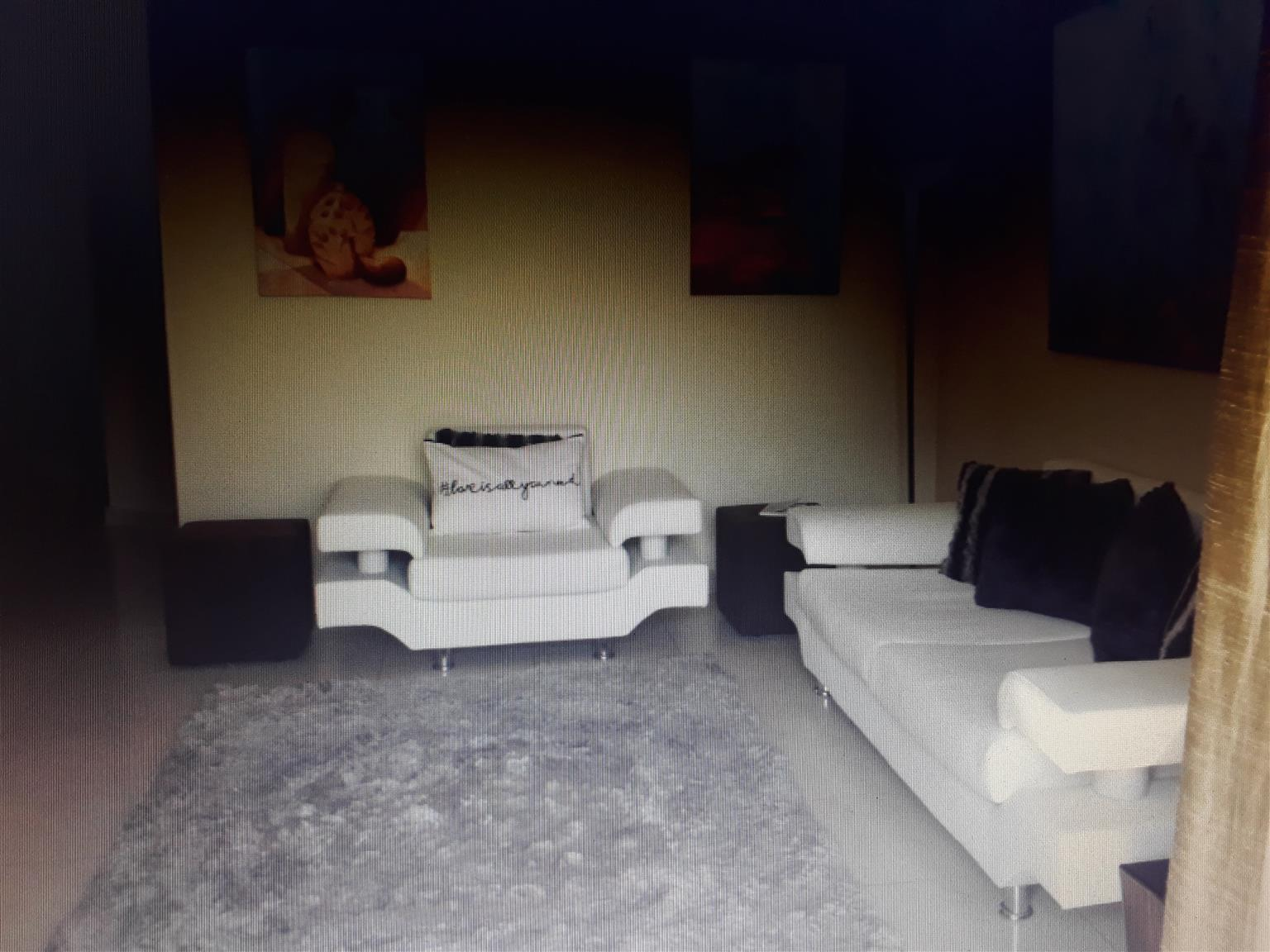 2 bedroom flat to rent in Sandhurst towers - Sandton city
