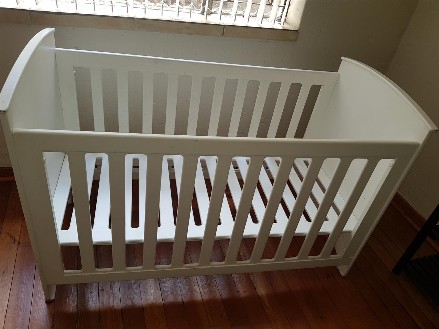 White Wooden Cot and Compactum