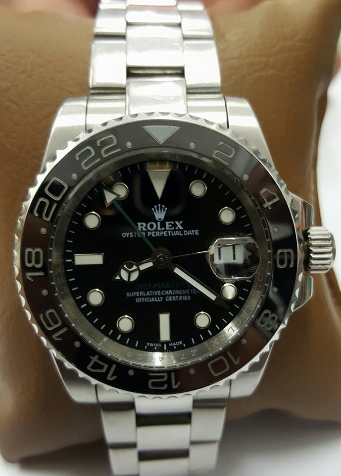 Rolex Gents Watch - Oyster Perpetual Date
