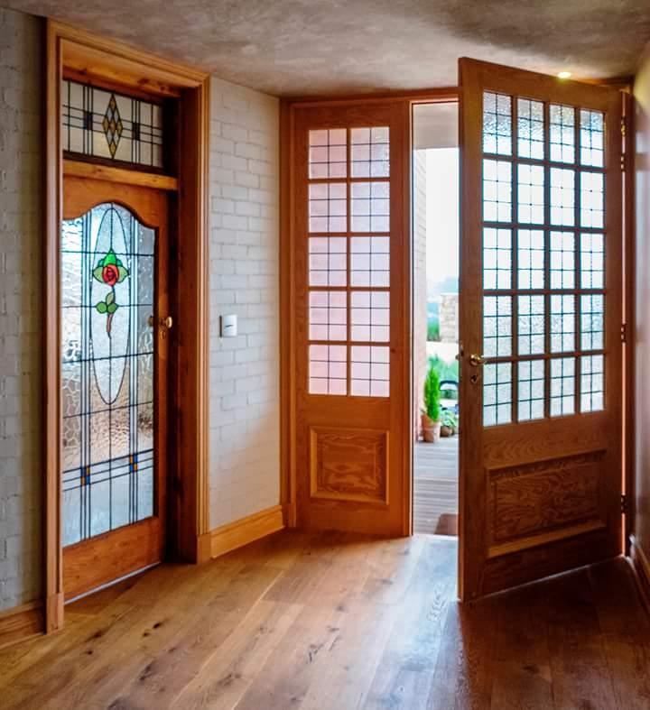 Carpenter durban door hanging wood laminate flooring wooden doors door repairs & Carpenter durban door hanging wood laminate flooring wooden doors ...