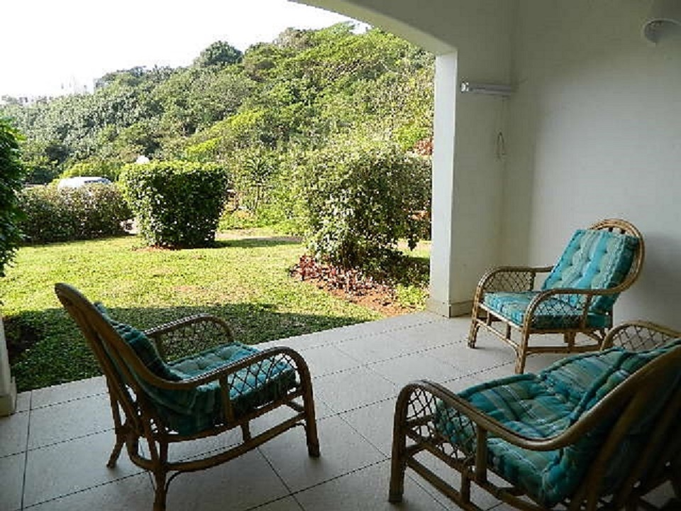 2 bedroom apartment available for Mid Year getaway