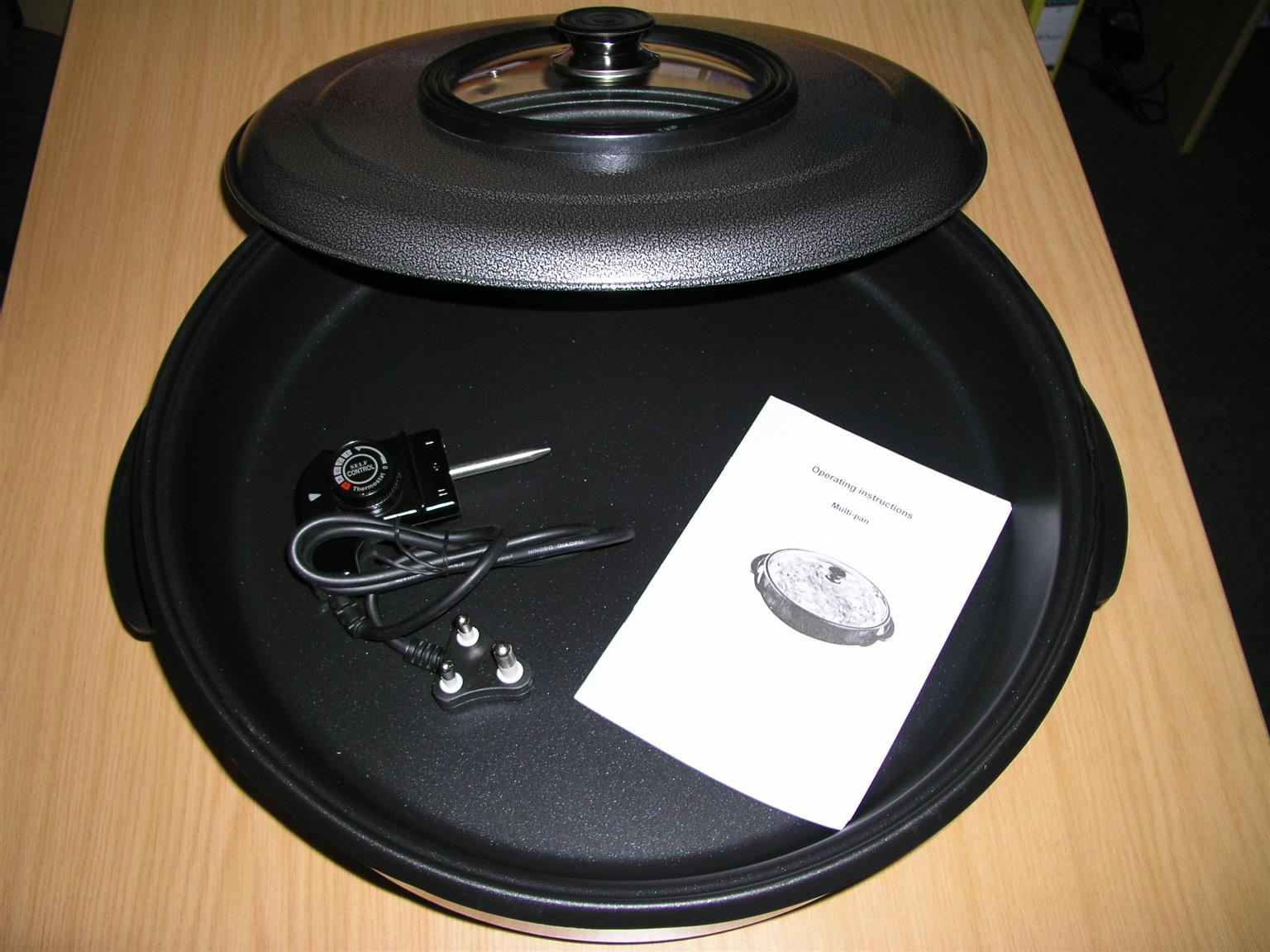 Large 48cm Quality MultiPurpose Electrical Frying - BRAND NEW
