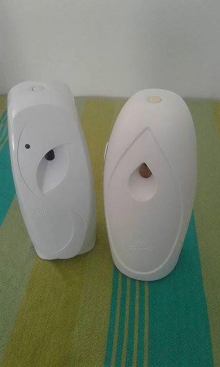 Air freshner dispensers