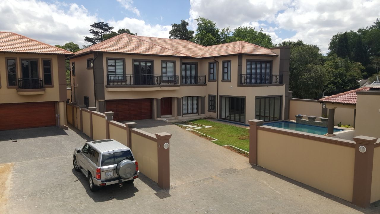 RESIDENTIAL HOME-ALUMINIUM WINDOWS AND DOORS