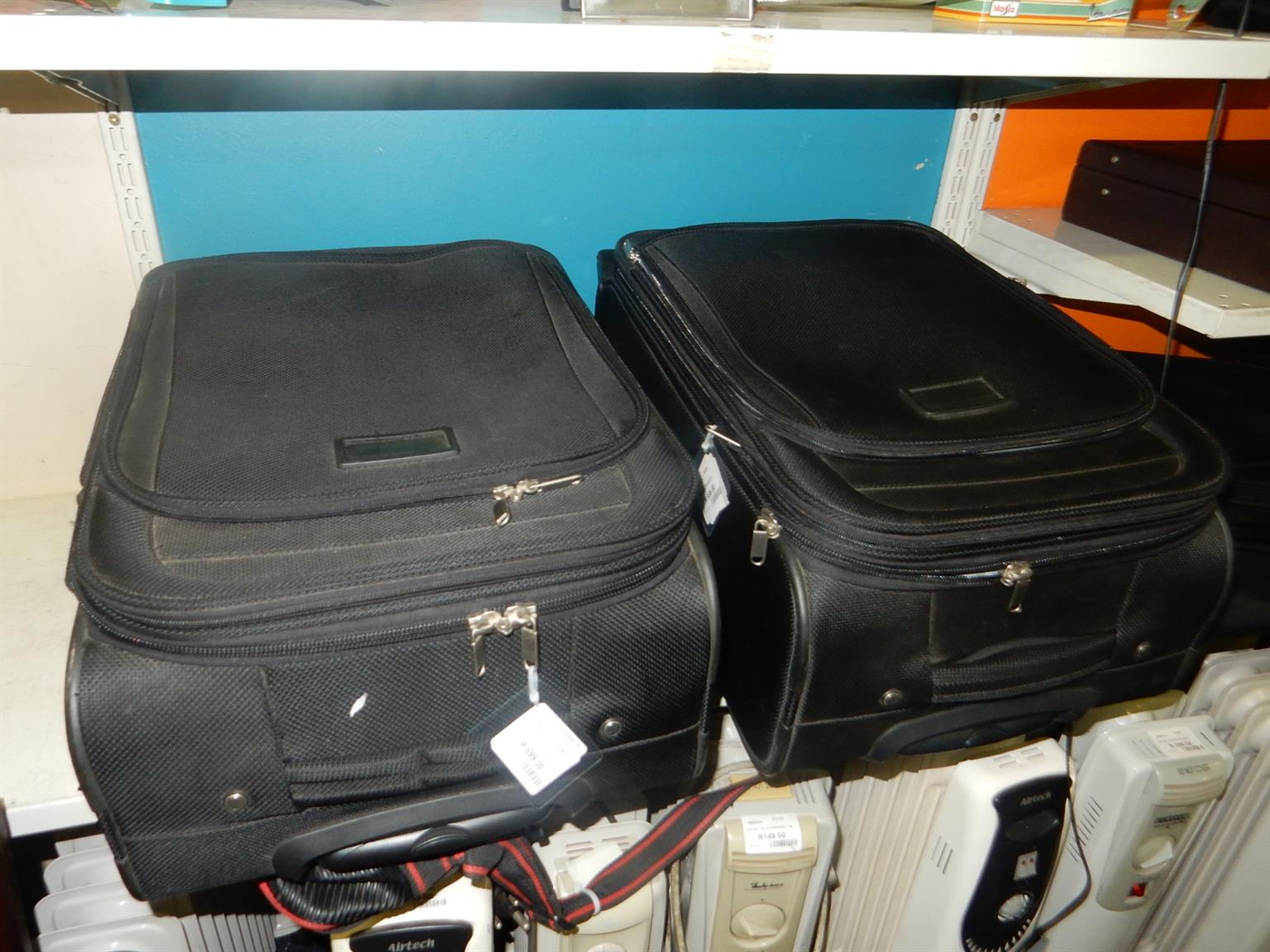 2x Travel Suitcases