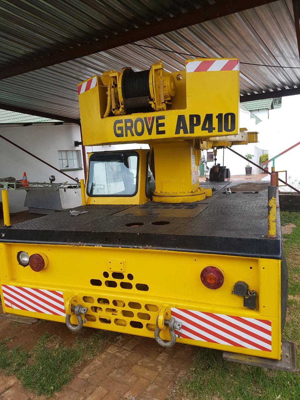 Grove AP410 mobile crane
