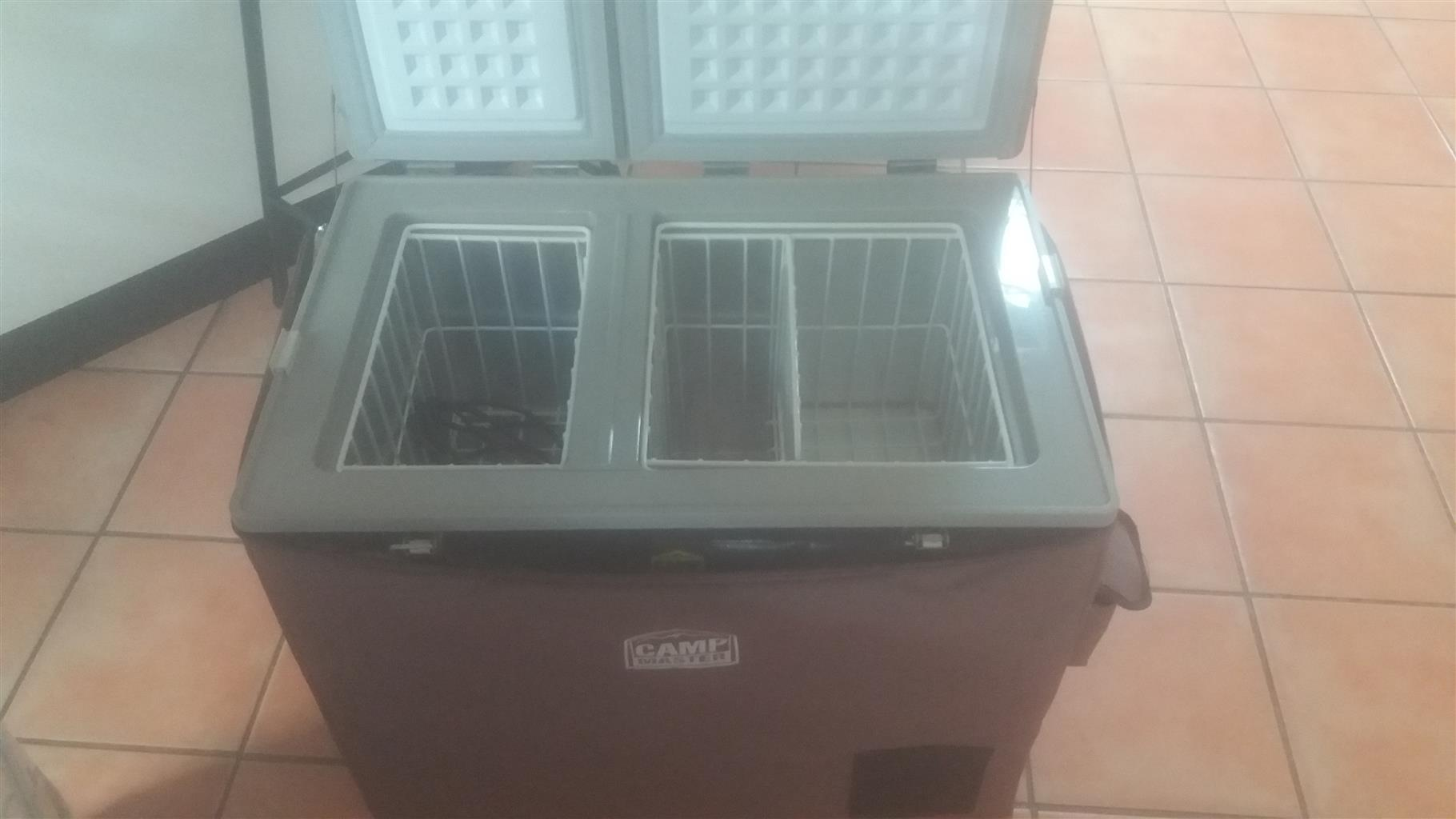 Portable dual fridge/freezer 72 l