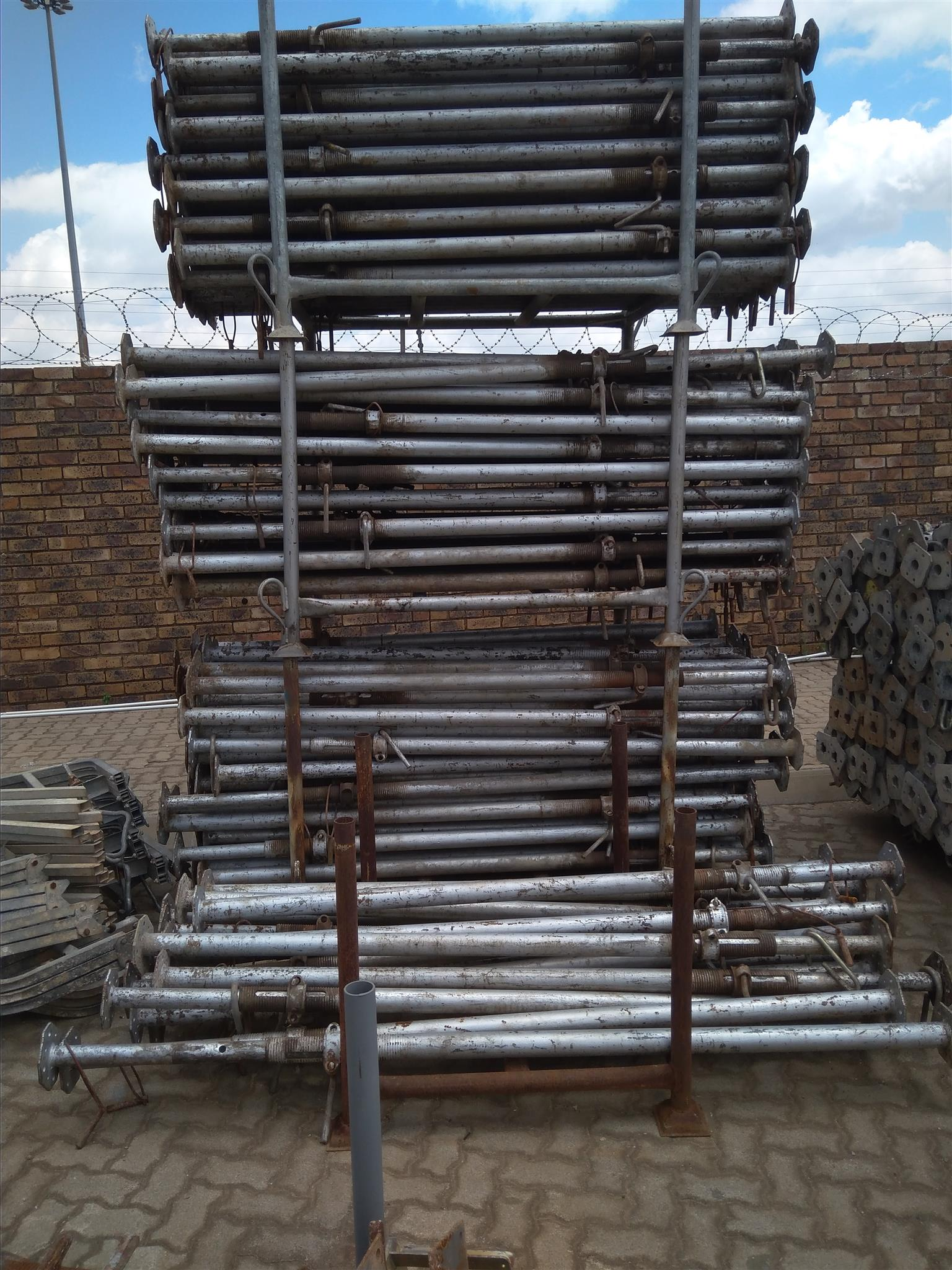 Used Scaffolding For Sale >> Used Formwork And Scaffold For Sale Junk Mail