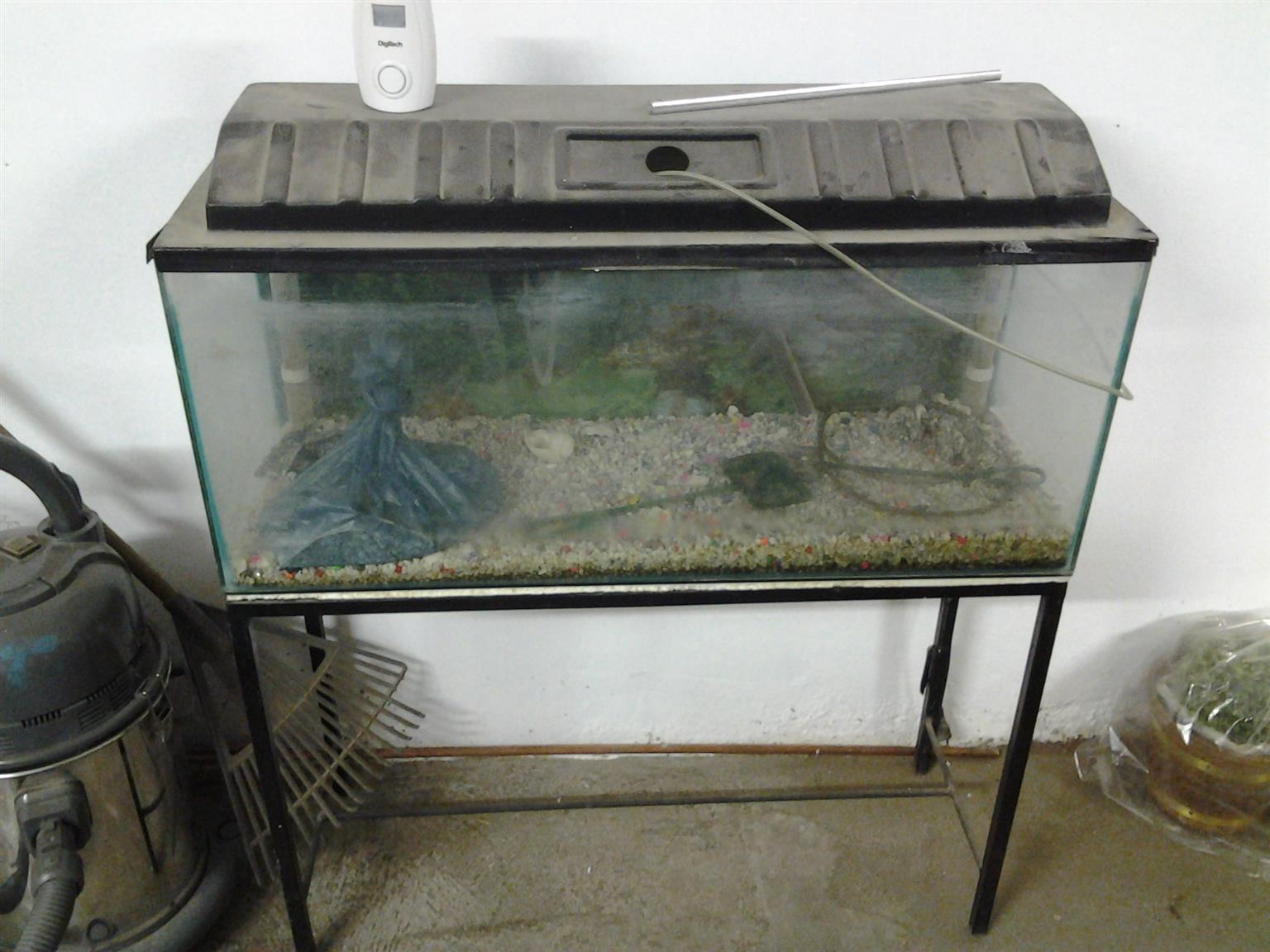 3 foot fish tank with stand R350