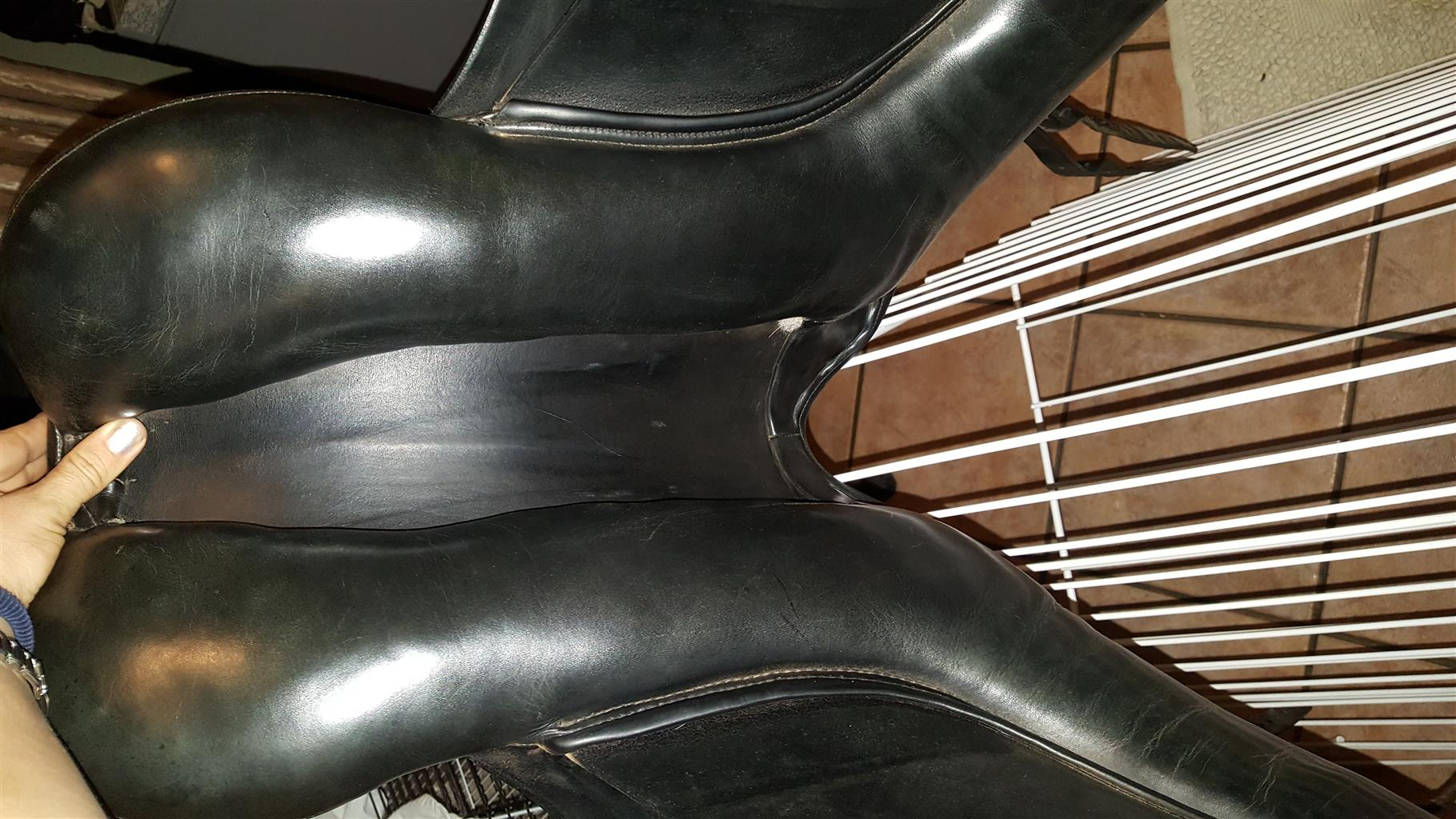 Dressage Saddle - Fantastic condition