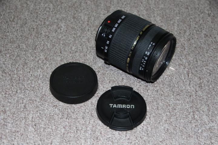 Canon Tamron SLR camera 28-300mm macro lens