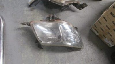 2013 Toyota hilux right headlight for sale