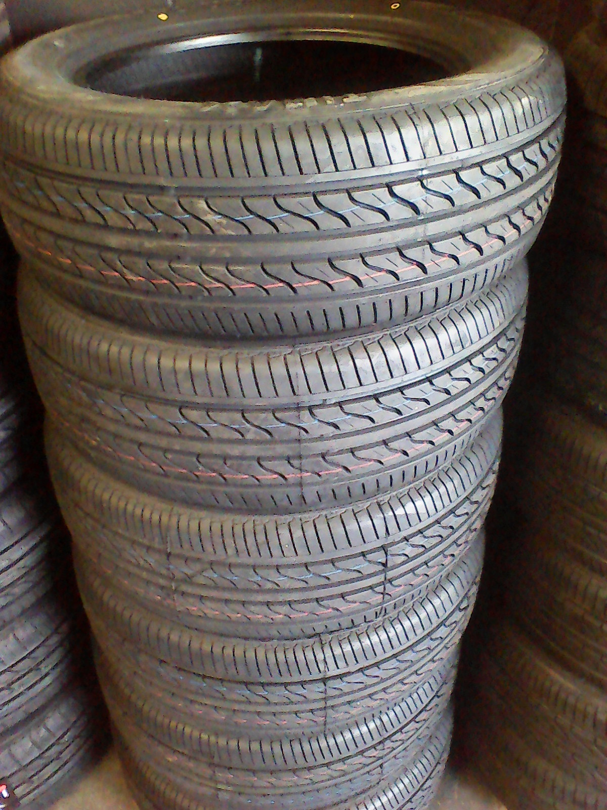 205/55/16 new tyres only R810 each!