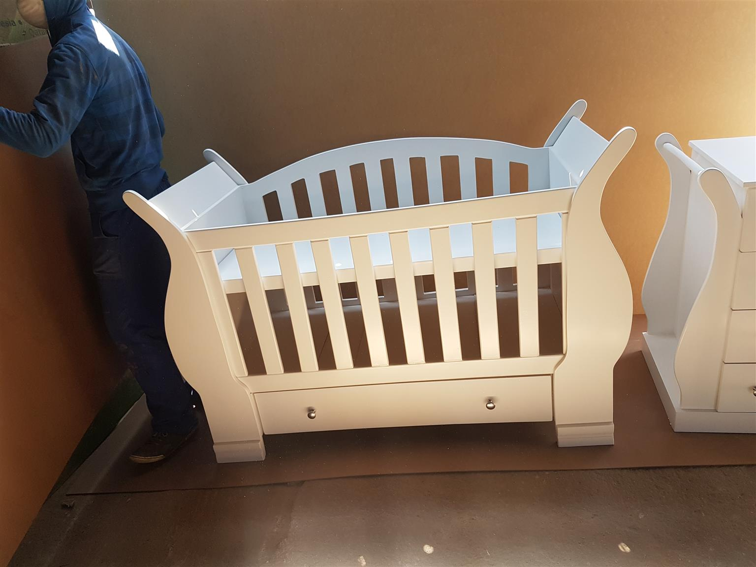 Tansy Baby Cot and Compactum-R 4999,00