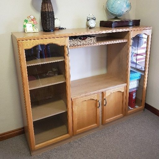 tv wall unit in Household in Roodepoort | Junk Mail