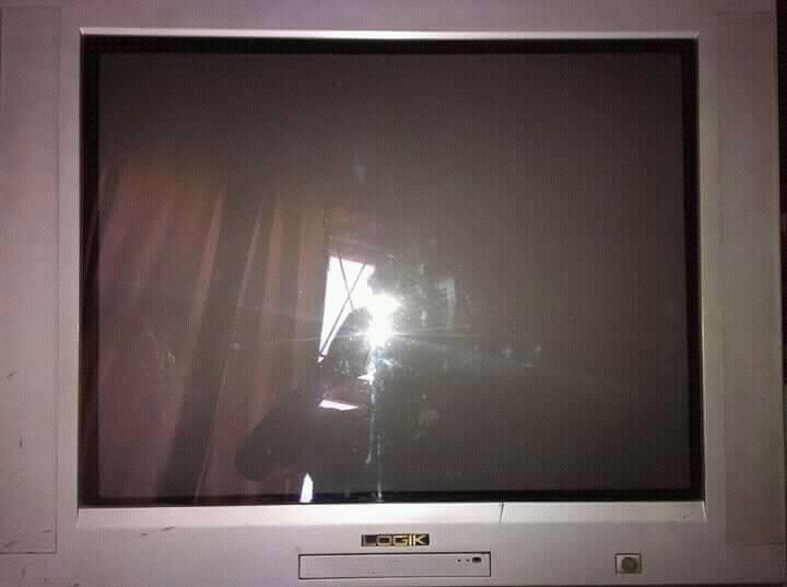 74cm LOGiK TV