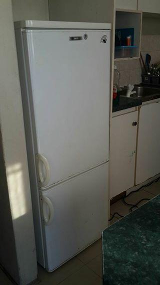 Zanassu fridge freezer