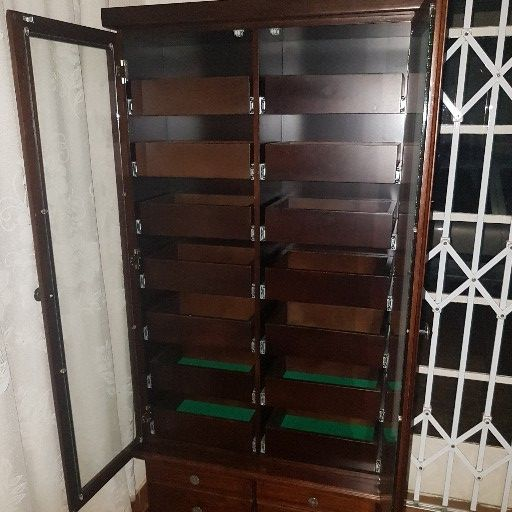 Solid Imbuia wood chest drawer