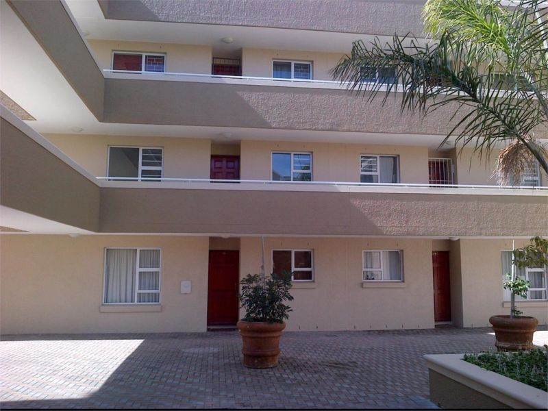 SPECIAL OFFER OF ONE MONTH DEPOSIT SPECIAL FOR UPMARKET 2 BEDROOM APARTMENT, TUSCAN PARK VILLAS, BELLVILLE