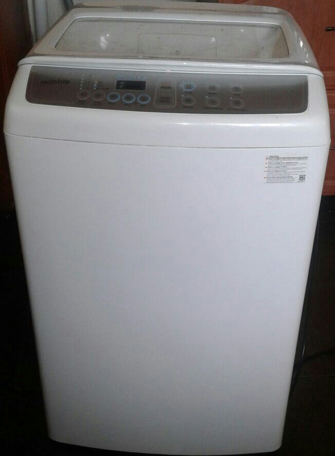 Samsung Wobble Washing Machine 9kg with Air Turbo for drying