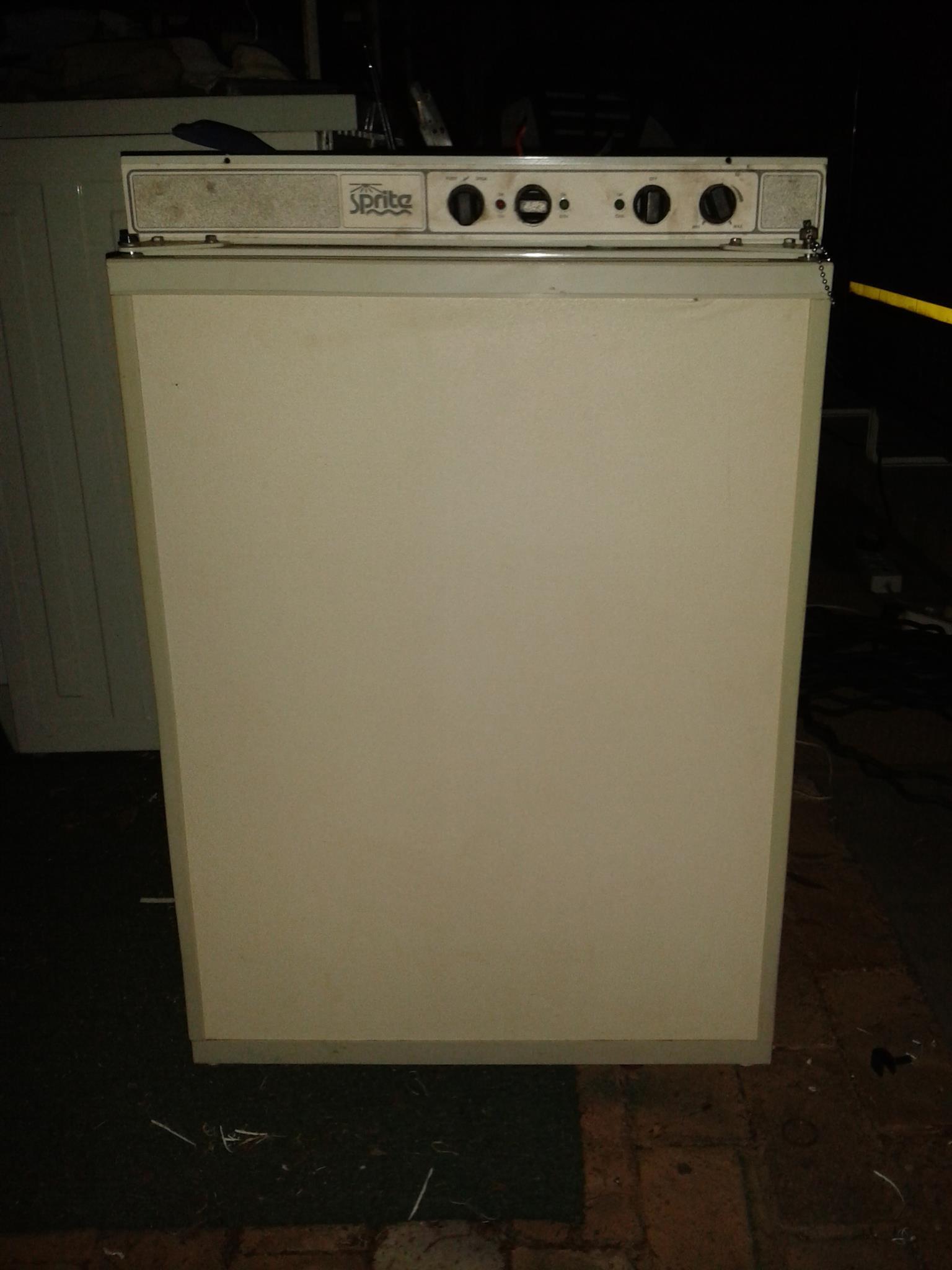 Gas fridge