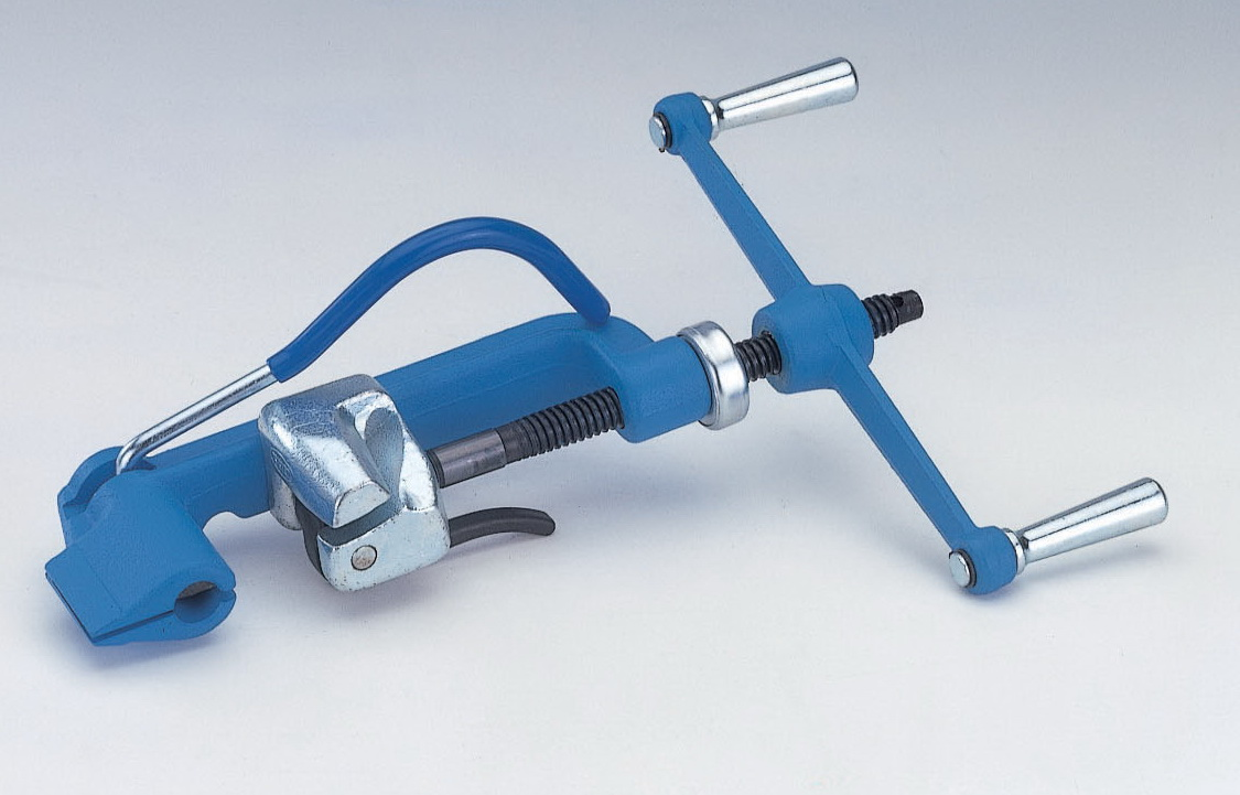 SUPPLIER OF CV BOOTS, VALUE CLIPS, STAINLESS STEEL 6MM STRAPPING AND TENSIONING TOOL