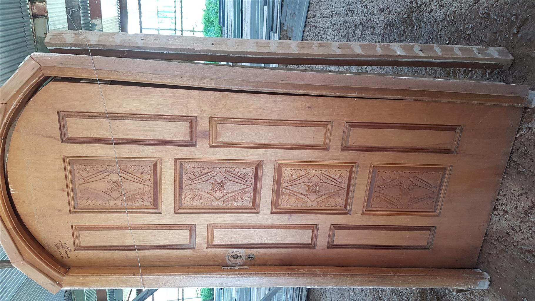 Arch wooden solid doors used