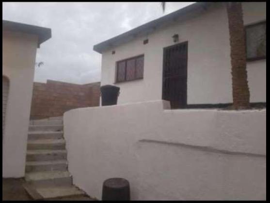 R1500 elegant Umlazi room avaliable