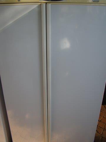 Defy 640L Fridge/Freezer