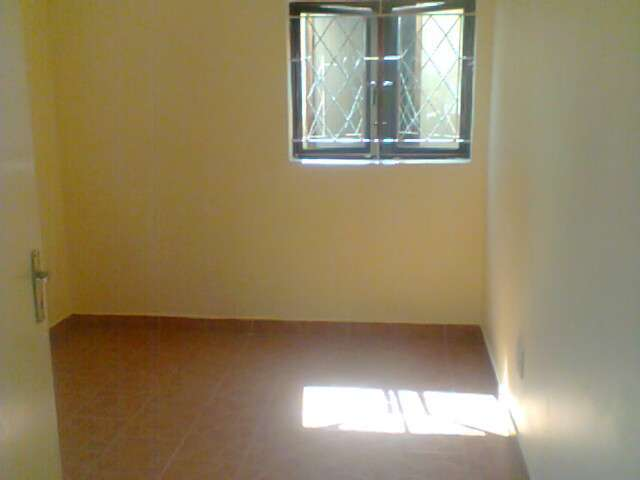 FEMALE ACCOMODATION DURBAN CBD-ROOM SHARING