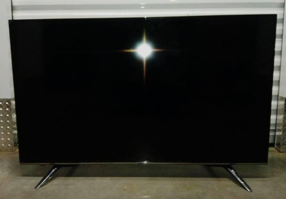 50 inch hisense tv(demo)