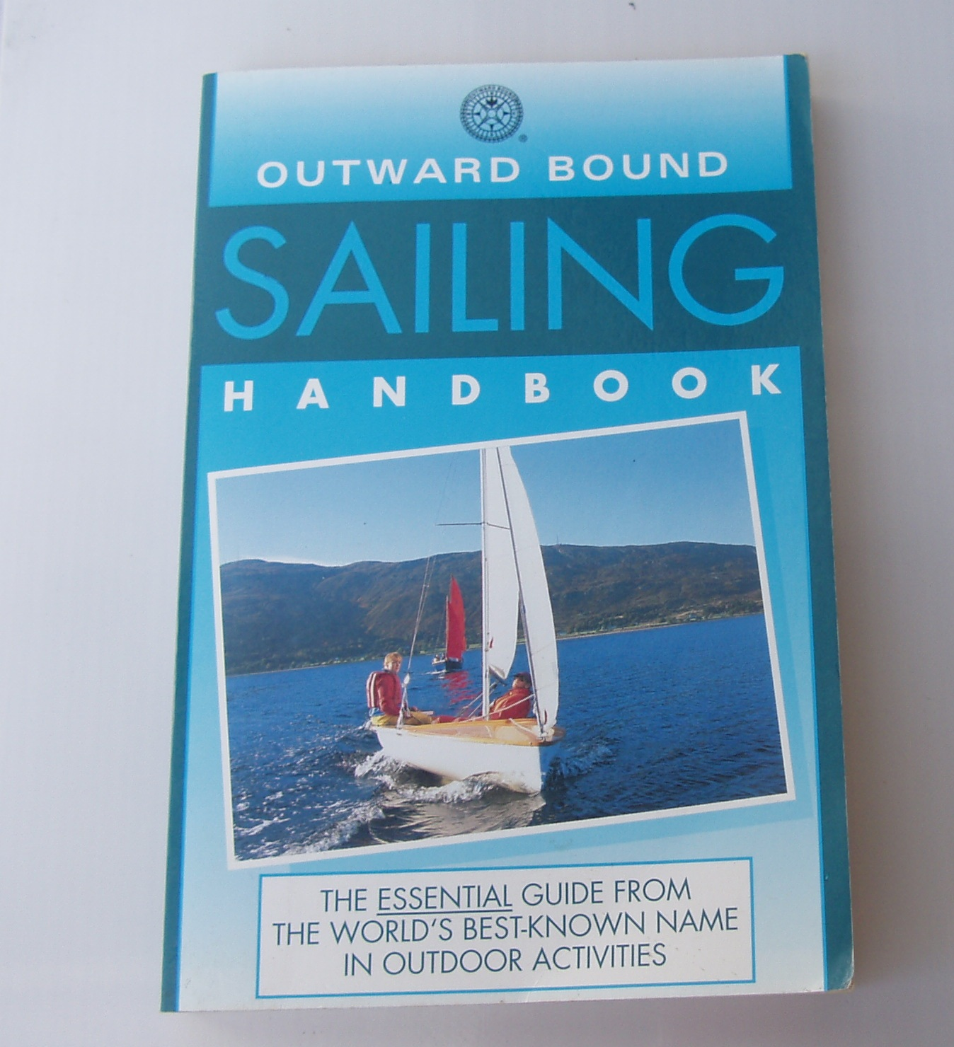 Outward Bound Sailing Handbook by Martin Balcombe - Paperback