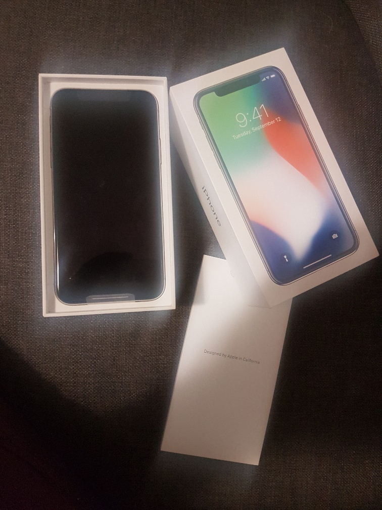 IPhone X 64GB Never used