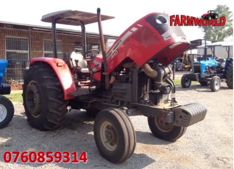 S2676 2012 Red Massey Ferguson (MF) 440 Xtra 61kW 2x4 Pre-Owned Tractor
