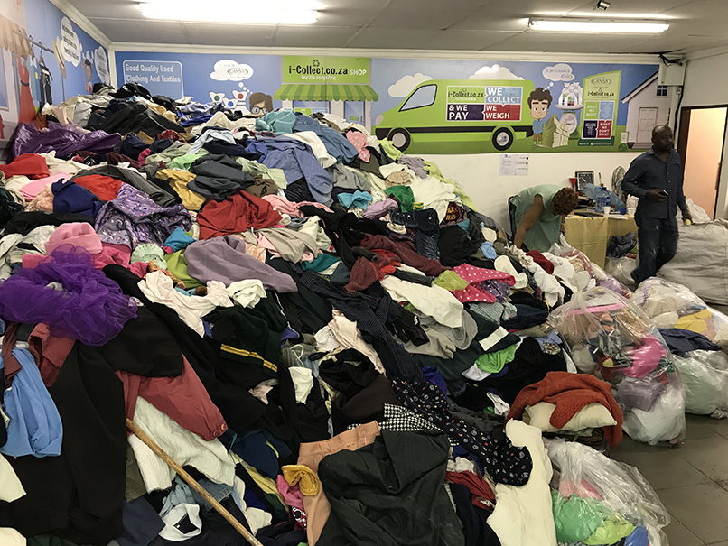 1e3f48d854eb Secondhand Clothing in bundles from R10 per kg   Junk Mail