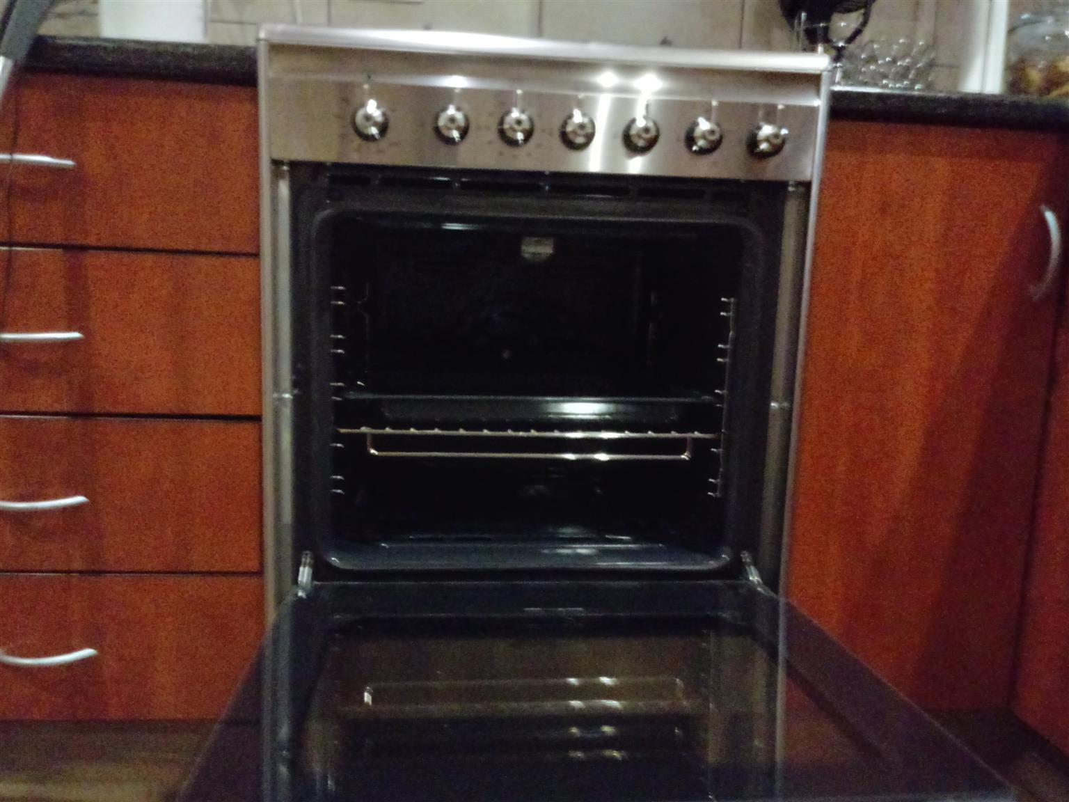 SMEG full gas stove