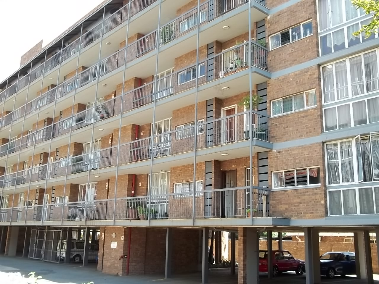 Two Bedroom Flat for Sale - Mayville Pretoria
