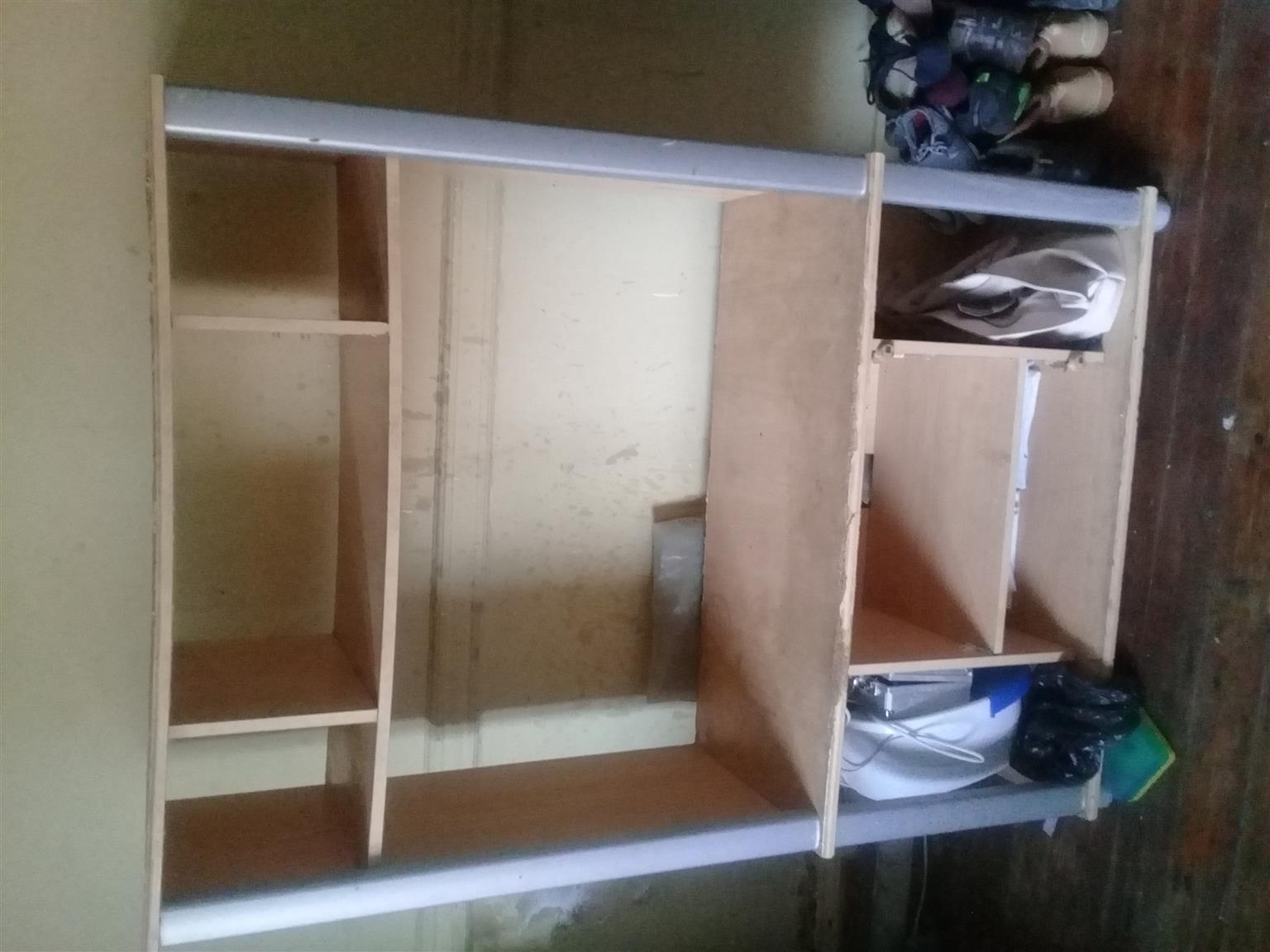 Small wall unit | Junk Mail