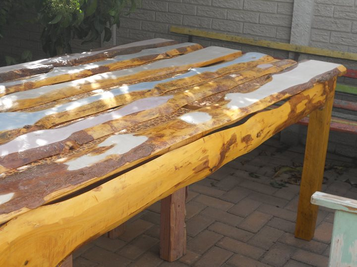 R 4 100 For Sale Table Dining R4100 Port Elizabeth