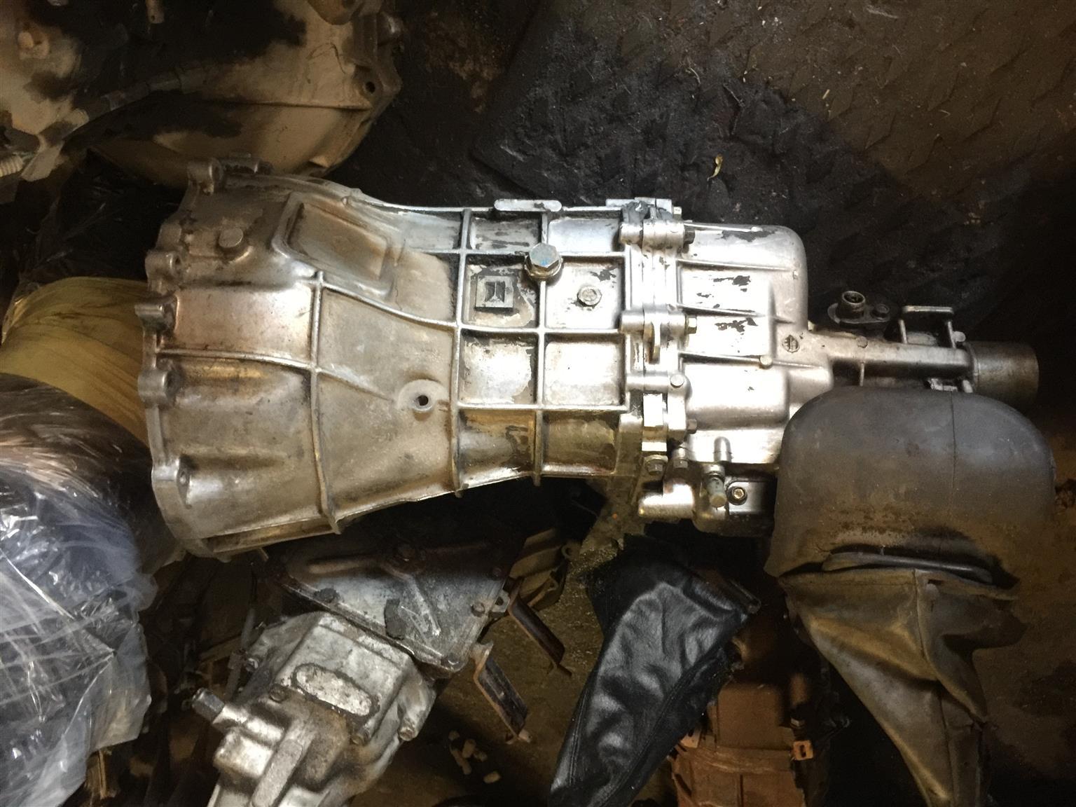 Isuzu KB280DT Gearbox