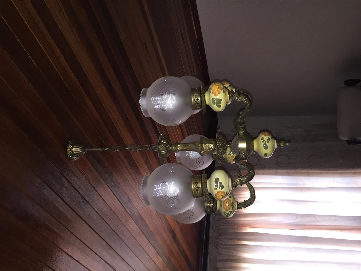 2 x solid brass and porcelain chandelier 1 x 5 and 1 x 3 lamps 2 x solid brass and porcelain chandelier 1 x 5 and 1 x 3 lamps arubaitofo Gallery