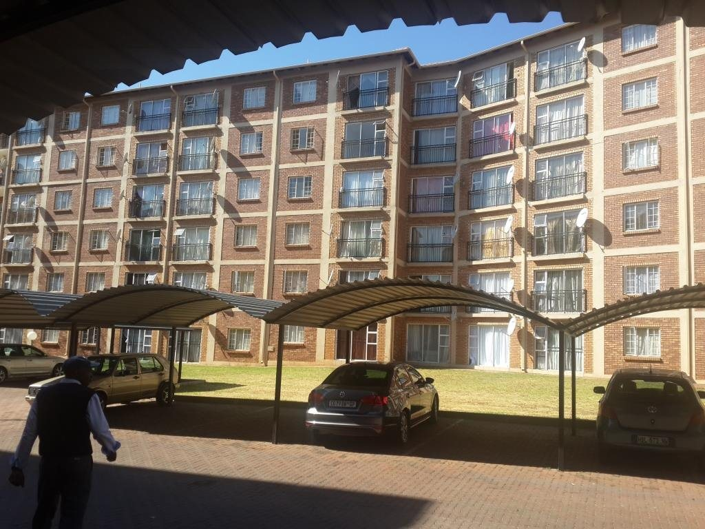 Nice apartment to rent in Karenpark