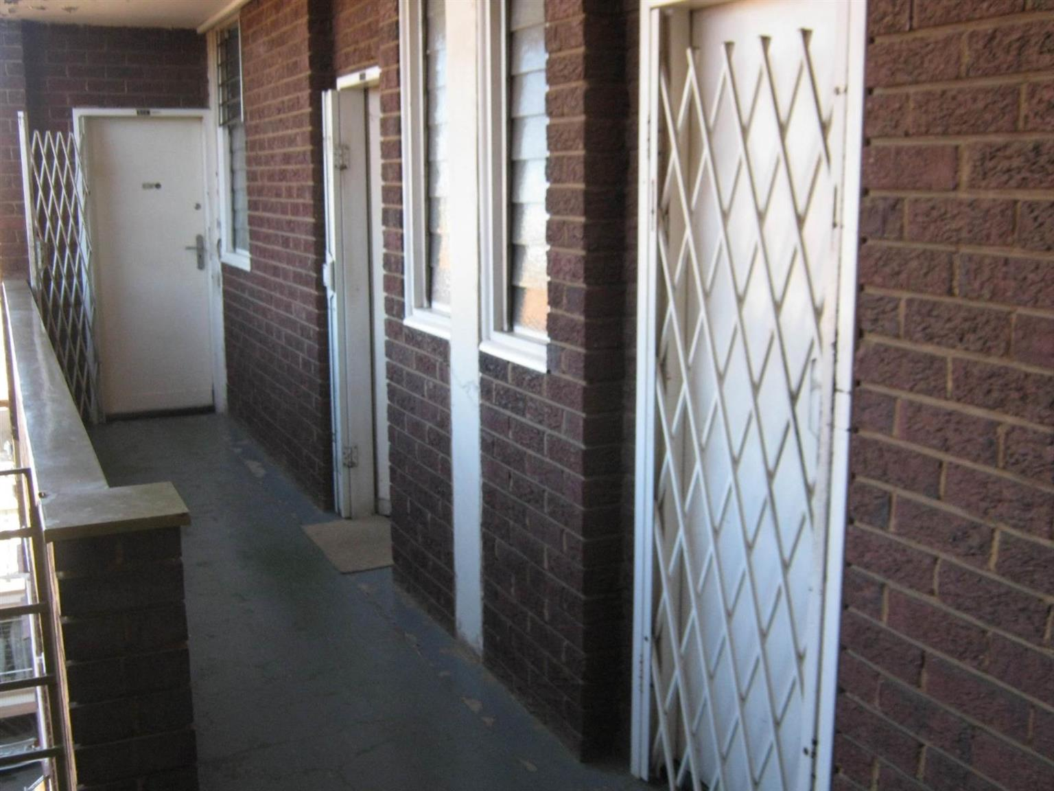 For Rent Available Bachelor Flats Pretoria Central Listings And
