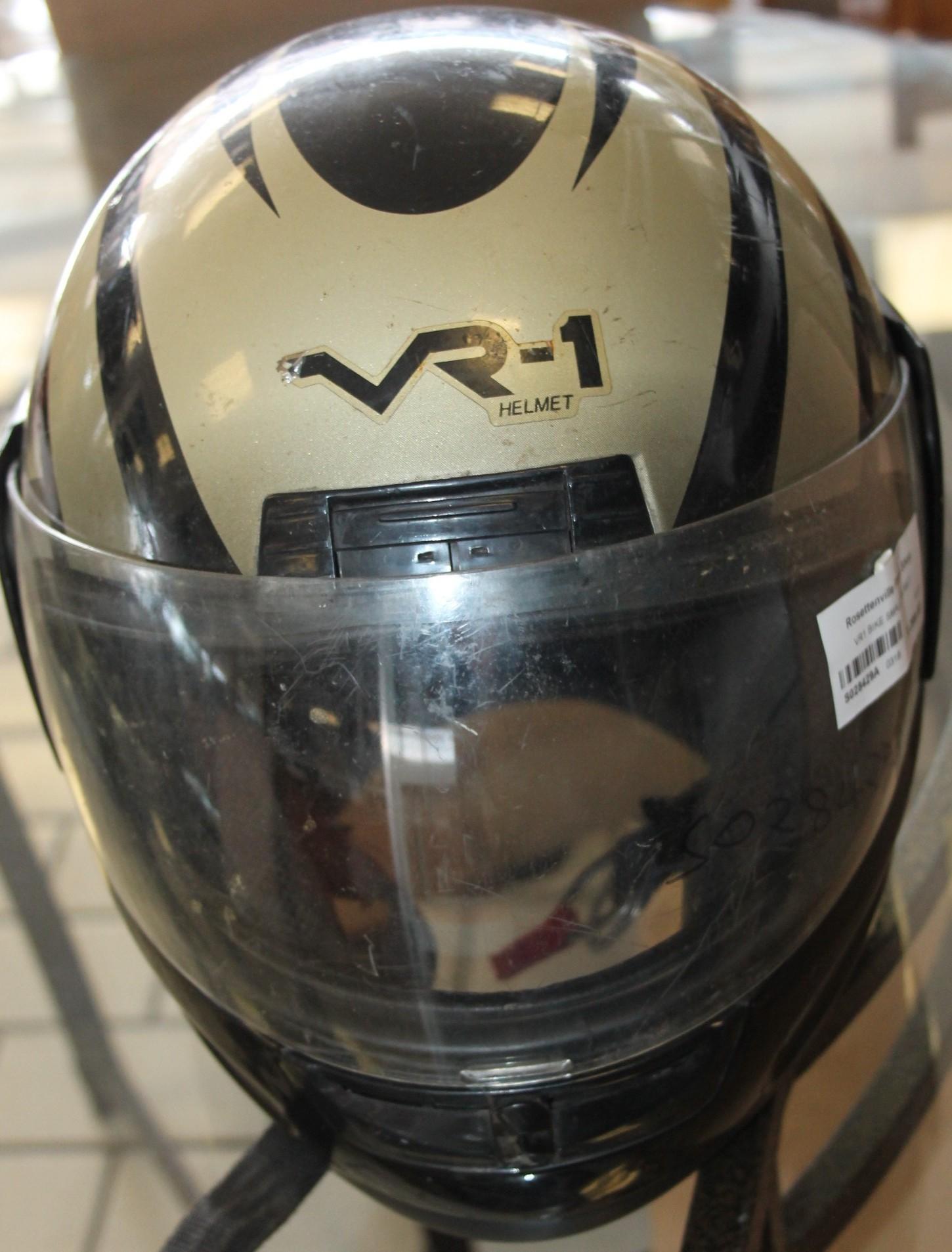 VR1 bike helmet S028429a #Rosettenvillepawnshop