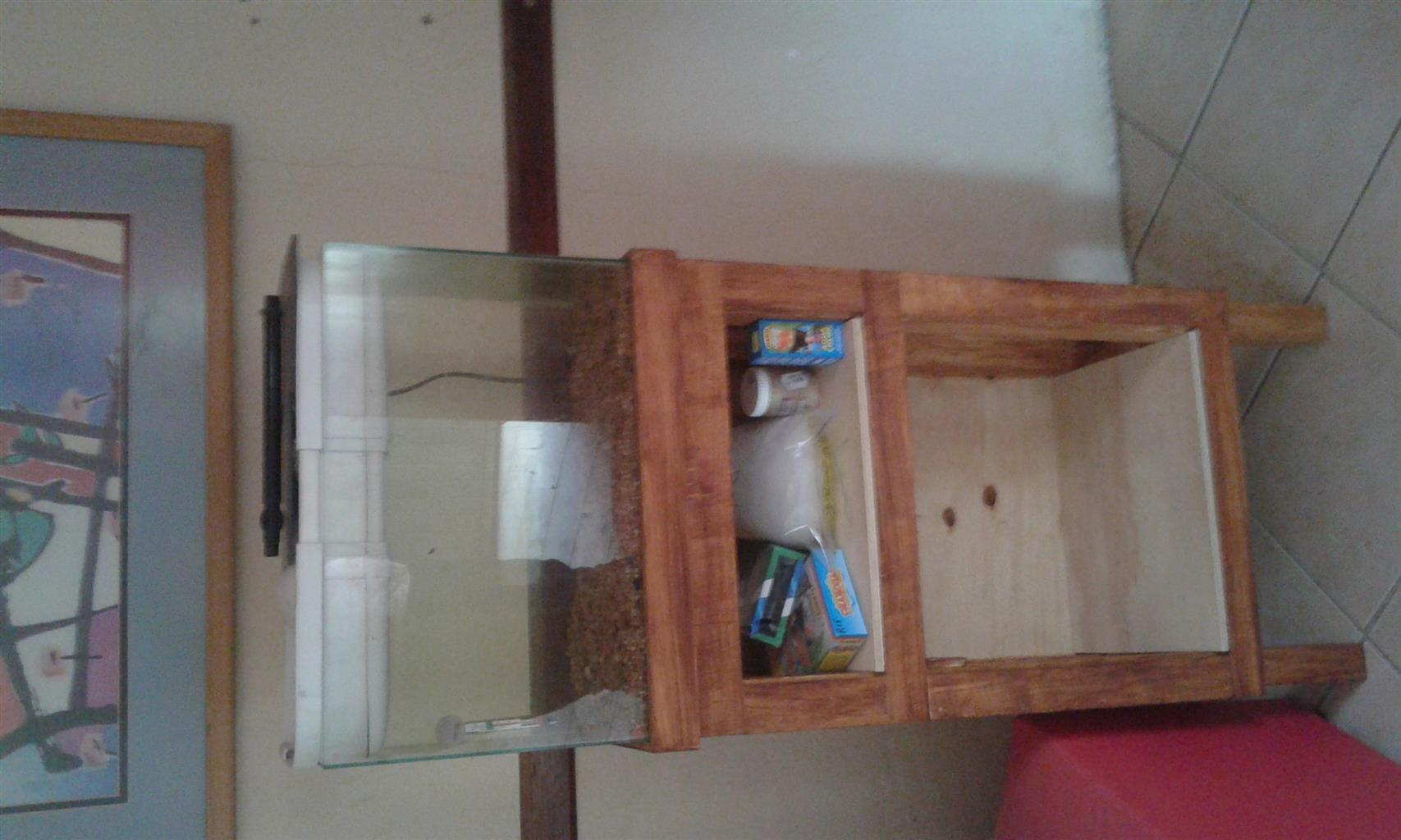 Fish tank with stand R350
