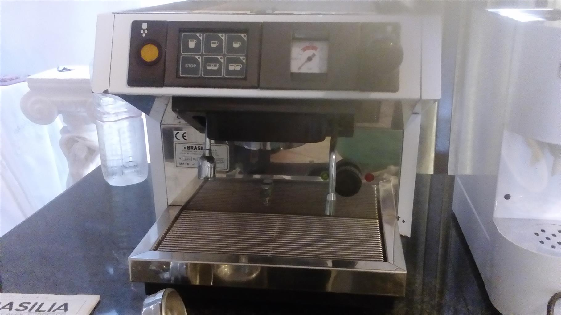 Cappuccino and coffee grinder machine