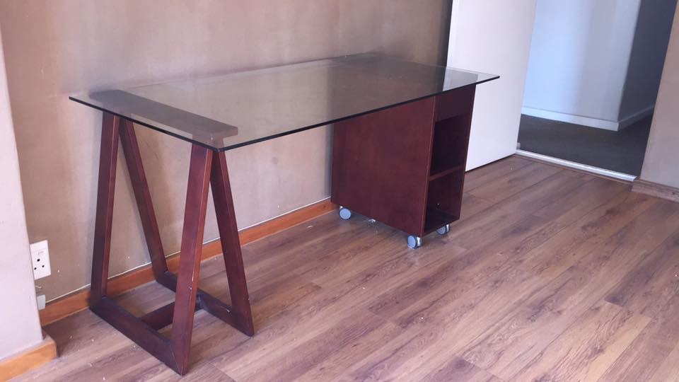 Weytlands desk