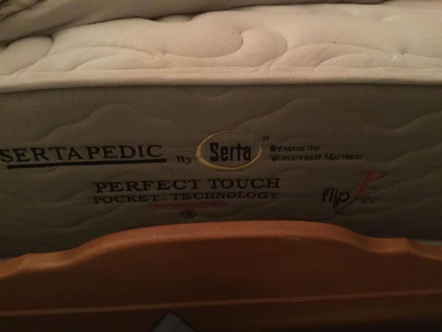 Sertapedic Queen Base Set